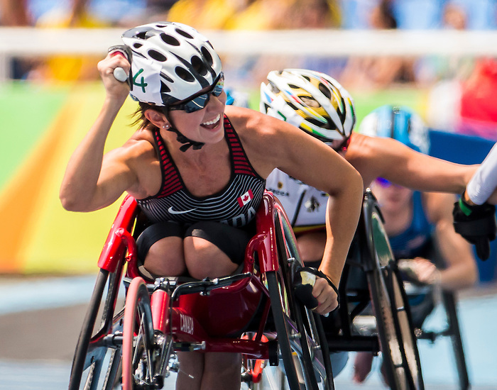 RIO DE JANEIRO - 17/9/2016:  Michelle Stilwell takes the gold in the women's 100m T52 final at the Olympic Stadium during the Rio 2016 Paralympic Games. (Photo by Dave Holland/Canadian Paralympic Committee).