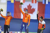 SPEEDSKATING: CALGARY: 13-11-2015, Olympic Oval, ISU World Cup, Podium Men 5000m, Jorrit Bergsma (NED), Sven Kramer (NED), Ted-Jan Bloemen (CAN), ©foto Martin de Jong