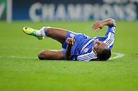 FUSSBALL   CHAMPIONS LEAGUE   SAISON 2011/2012   GRUPPENPHASE Bayer 04 Leverkusen - FC Chelsea    23.11.2011 Didier DROGBA (Chelsea) verletzt am Boden