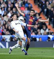 FUSSBALL  INTERNATIONAL  PRIMERA DIVISION  SAISON 2012/2013   26. Spieltag  El Clasico   Real Madrid  - FC Barcelona        02.03.2013 Alvaro Morata (li, Real Madrid) gegen Sergio Busquets (Barca)