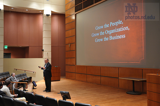 Howard P. Behar delivers the 2008 Donnelly Lecture at the Mendoza College of Business Sept. 26, 2008...Photo by Matt Cashore/University of Notre Dame