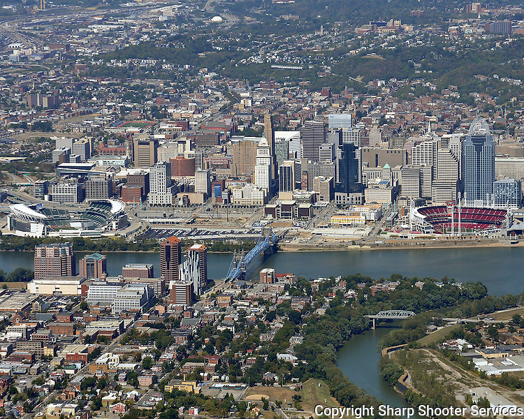 Cincinnati Skyline (2).jpg | Sharp Shooter Services: sharpshooterservices.photoshelter.com/image/I00008JcrUizdjsw