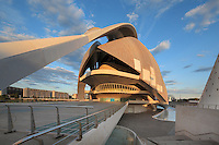 Palau de les Arts (The Arts Palace), Majectic building created to receive operas and major musical and theatrical productions. Last element of the City of Arts and Sciences, Valencia, Communitat Valenciana, Spain ; , it covers and area of approx 40,000 square meters and is 75 meters high ; 2004 ; Santiago Calatrava (Valencia, Spain, 1951). Picture by Manuel Cohen