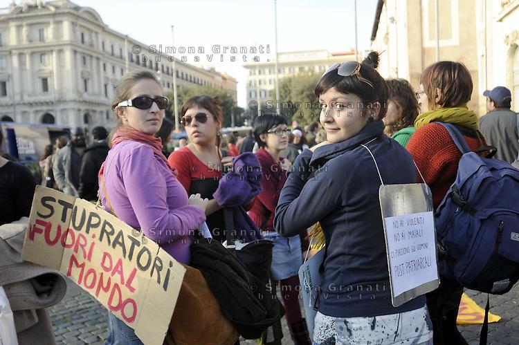 Roma, 28 Novembre 2009.Manifestazione contro la violenza maschile sulle donne..Rome, 28 November 2009.Demonstration against male violence against women