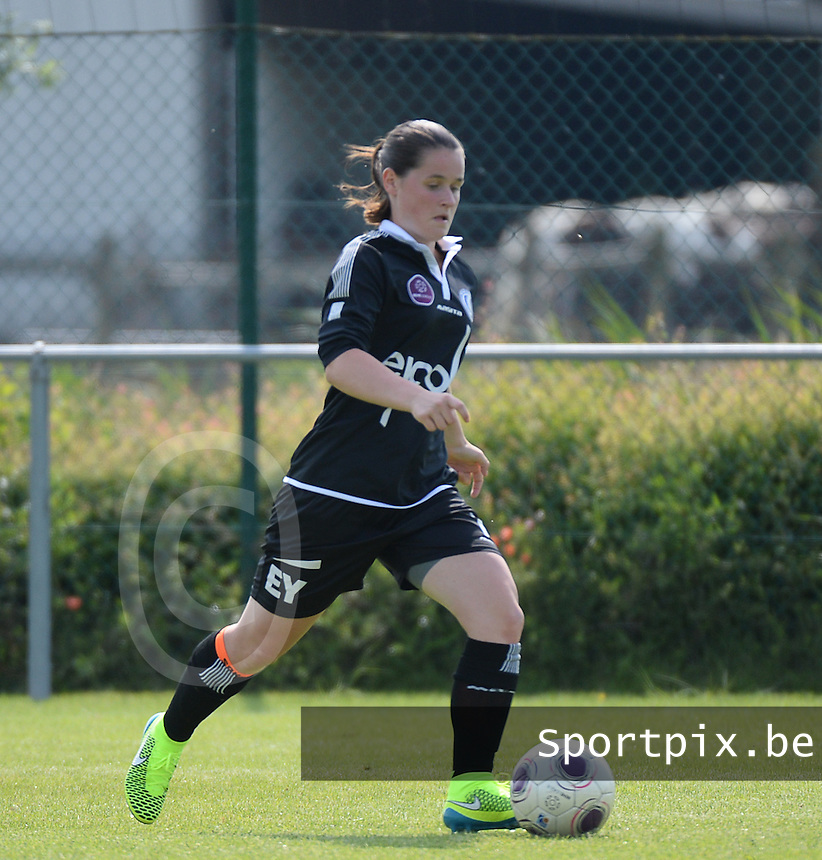 20150801 - WESTKAPELLE , BELGIUM : Gent's Demi Maris pictured during a friendly soccer match with the women team of AA Gent Ladies , during the preparation for the 2015-2016 SUPERLEAGUE season, Saturday 1 August 2015 . PHOTO DAVID CATRY