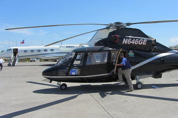 Helicoptero de Félix Bautista al servicio de Michel Martelly, y en el ...