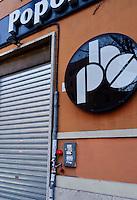 Roma, 3 Marzo 2013.Fiori rossi  per i Giorgio Frau ex Brigate Rosse sul luogo dove è stato ucciso dopo la tentata rapina ad un furgone porta valori in Via Carlo Alberto.