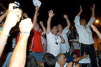 Roma 17  Luglio 2006.Manifestazione  dei Tassisti, contro il decreto sulle liberalizzazioni del Governo Prodi..Carlo Bologna,  Portavoce dei tassisti annuncia l'accordo fatto con il Ministro Pierluigi Bersani .Rome July 14, 2006.Demonstration of Taxi Drivers against the decree on the liberalization of the Prodi government.Carlo Bologna, Spokesperson of the taxi drivers, announced the agreement made with the Minister Pierluigi Bersani   .