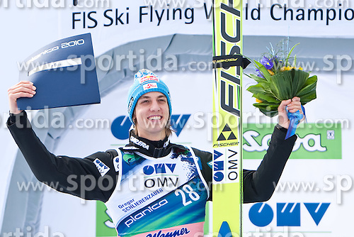 20.03.2010, Planica, Kranjska Gora, SLO, FIS SKI Flying World Championships 2010, Flying Hill Individual 3rd Round, im Bild Simon Ammann, ( SUI, #30 ), zweitplazierter, EXPA Pictures © 2010, PhotoCredit: EXPA/ J. Groder / SPORTIDA PHOTO AGENCY