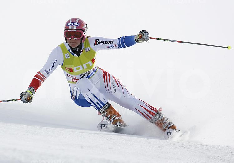 Ski Alpin Weltcup  Saisonauftakt in Soelden , AUT Riesenslalom Damen 27.10.07 ALCOTT,  Chemmy  (GBR)