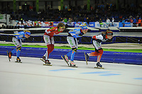 SCHAATSEN: HEERENVEEN: IJsstadion Thialf, 17-01-2015, Marathonschaatsen, KPN Marathon Cup 14, Topdivisie Dames, Yvonne Spigt (#44), Elma de Vries (#87), Francesca Lollobrigida (#96), Foske Tamar van der Wal (#90), ©foto Martin de Jong