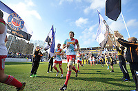 Charlie Matthews and the rest of the Harlequins team run out onto the field. Aviva Premiership match, between Bath Rugby and Harlequins on February 18, 2017 at the Recreation Ground in Bath, England. Photo by: Patrick Khachfe / Onside Images
