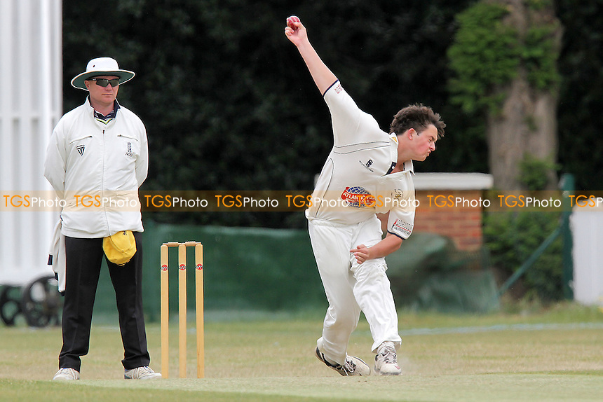 S Eaton in bowling action for Ardleigh Green - Ilford CC (batting) vs Ardleigh Green CC - Essex Club Cricket at Valentines Park - 14/05/11 - MANDATORY CREDIT: Gavin Ellis/TGSPHOTO - Self billing applies where appropriate - Tel: 0845 094 6026
