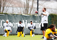 Ben Roethlisberger #7 of the Pittsburgh Steelers practices at the south side practice facility on November 18, 2015 in Pittsburgh, PA.