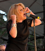Lesley Gore (2011)