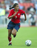 14 August 2004:   Shannon Boxx in action against Brazil at Kaftanzoglio Stadium in Thessaloniki, Greece.   USA defeated Brazil, 2-0. Credit: Michael Pimentel / ISI