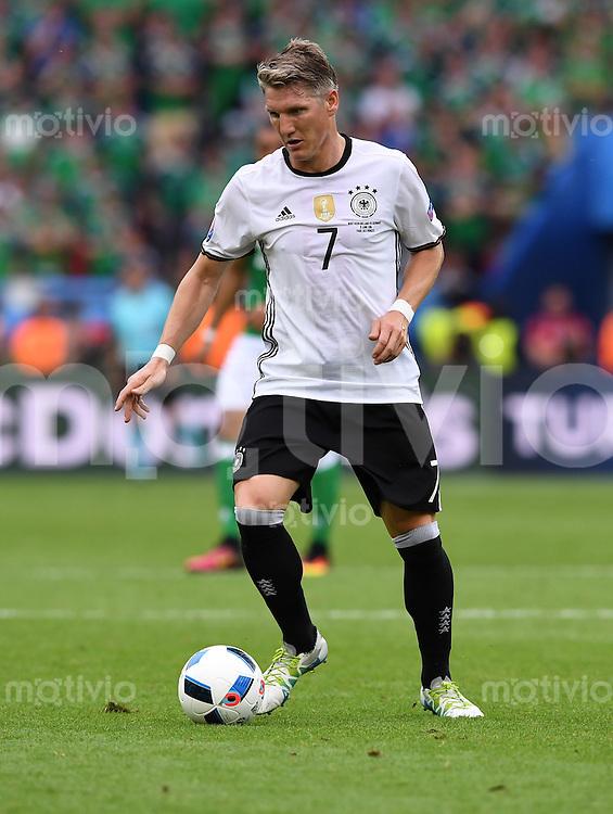 FUSSBALL EURO 2016 GRUPPE C IN PARIS Nordirland - Deutschland     21.06.2016 Bastian Schweinsteiger  (Deutschland)
