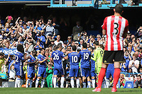 John Terry of Chelsea is substituted in the 26th minute and the Chelsea players form a guard of honour and clap him off the pitch during Chelsea vs Sunderland AFC, Premier League Football at Stamford Bridge on 21st May 2017