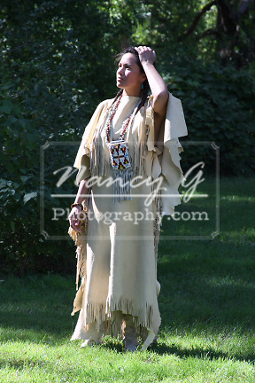 lakota hindu single women I have quite a good number of photos featuring lakota women, and i agree it would be great to have them gathered in a single a lakota sioux woman.