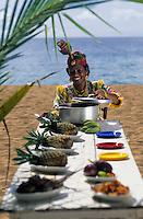 """Europe/France/DOM/Antilles/Petites Antilles/Guadeloupe/Deshaie : Restaurant """"Karacoli"""" à Grande Anse - Mme Lucienne Salcede membre de l'association des cuisinières [Autorisation : 219]"""