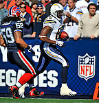 19 October 2008:  San Diego Chargers' tight end Antonio Gates in action against the Buffalo Bills at Ralph Wilson Stadium in Orchard Park, NY. The Bills defeated the Chargers 23-14 and maintain their first place position in the AFC East with a 5 and 1 record...Mandatory Photo Credit: Ed Wolfstein Photo