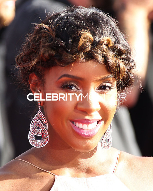 LOS ANGELES, CA, USA - AUGUST 24: Kelly Rowland at the 2014 MTV Video Music Awards held at The Forum on August 24, 2014 in the Los Angeles, California, United States. (Photo by Xavier Collin/Celebrity Monitor)