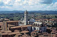 Siena:   Panoramic view, Duomo and countryside.   Photo '83.