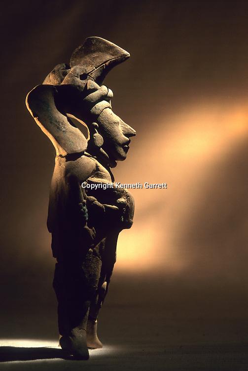 Artifact, Cancuen, Guatemala, Arthur Demarest, Tomas Barrientos, Maya, palace, Classic Period, Peten, Warrior