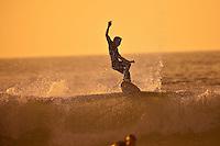 JULIAN WILSON (AUS)  SEIGNOSSE, France (Tuesday, September 29, 2009) - Free surfing at Plage des Bourdaines. Photo: joliphotos.com