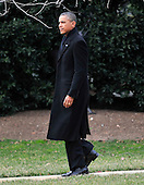 United States President Barack Obama walks to Marine One to depart the South Lawn of the White House in Washington, D.C. for a quick trip to Cleveland, Ohio to discuss the economy..Credit: Ron Sachs / CNP