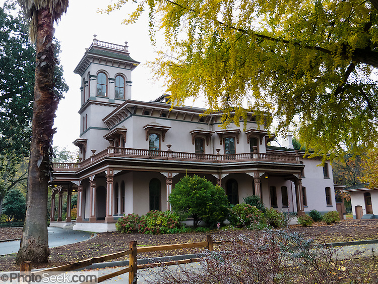 Bidwell mansion state historic park victorian house for 3 story victorian house
