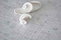 Mini Versailles shown in Statuary Carrara polished