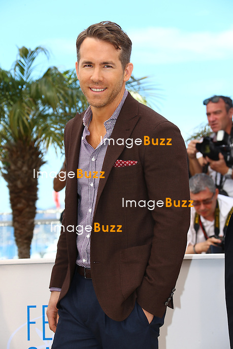 CPE/ Actor Ryan Reynolds attends the 'Captives' photocall during the 67th Annual Cannes Film Festival on May 16, 2014 in Cannes, France