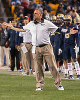 Pitt head coach Pat Narduzzi. The North Carolina Tar Heels football team defeated the Pitt Panthers 26-19 on Thursday, October 29, 2015 at Heinz Field, Pittsburgh, Pennsylvania.