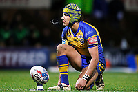 Picture by Alex Whitehead/SWpix.com - 17/03/2017 - Rugby League - Betfred Super League - Leeds Rhinos v Wakefield Trinity - Headingley Carnegie Stadium, Leeds, England - Leeds' Ashton Golding prepares to kick for goal.