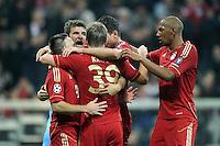 FUSSBALL   CHAMPIONS LEAGUE   SAISON 2011/2012     02.11.2011 FC Bayern Muenchen - SSC Neapel JUBEL nach dem Tor Franck Ribery , Thomas Mueller , Toni Kroos,  Mario Gomez (FC Bayern Muenchen)  (v. li., FC Bayern Muenchen)