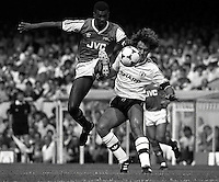 Pix:Michael Steele/SWpix...Soccer. Arsenal v Manchester United, 1986...COPYRIGHT PICTURE>>SIMON WILKINSON..Paul Davis (left)of Arsenal  and Clayton Blackmore of Manchester United challenge for the ball.