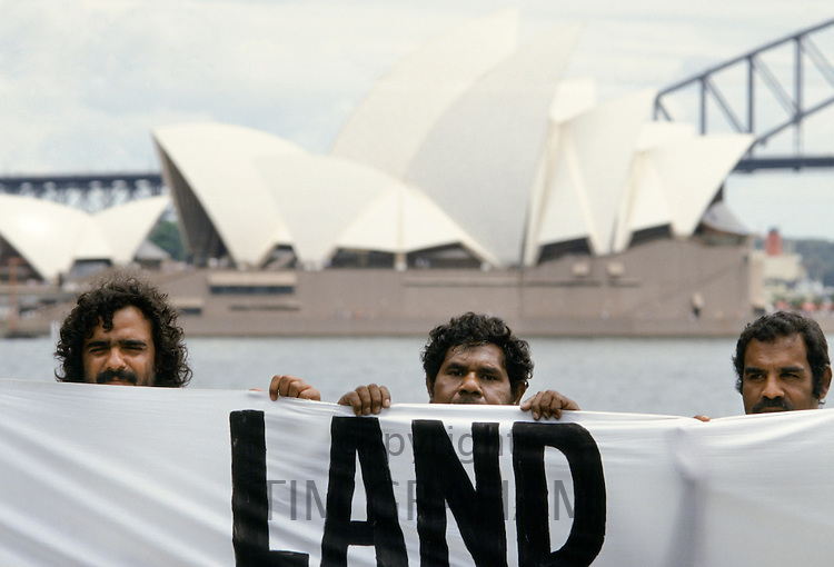 Aboriginal land rights protest as protestors attend Bicentenary celebrations, Sydney, Australia