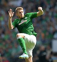 FUSSBALL   1. BUNDESLIGA   SAISON 2012/2013    32. SPIELTAG SV Werder Bremen - TSG 1899 Hoffenheim             04.05.2013 Aaron Hunt (SV Werder Bremen)