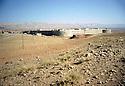 Irak 2000.Un fort construit par l'arm&eacute;e irakienne a Koysanjak   .<br /> Iraq 2000.A fort built by the Iraki army in Koysanjak
