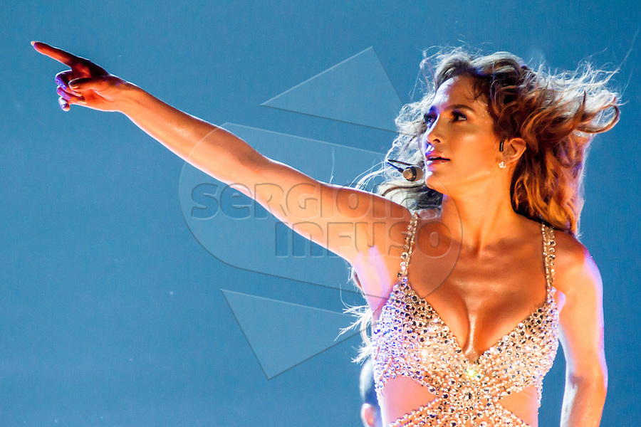 Jennifer Lopez @ Unipol Arena, Casalecchio di Reno, Bologna - 11 ottobre 2012