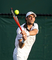 Jeremy CHARDY (FRA) against Sam QUERREY (USA) in the second round of the men's singles. Chardy beat Querrey 4-6 6-4 6-2..International Tennis - 2010 ATP World Tour - Sony Ericsson Open - Crandon Park Tennis Center - Key Biscayne - Miami - Florida - USA - Fri 26 Mar 2010..© Frey - Amn Images, Level 1, Barry House, 20-22 Worple Road, London, SW19 4DH, UK .Tel - +44 20 8947 0100.Fax -+44 20 8947 0117