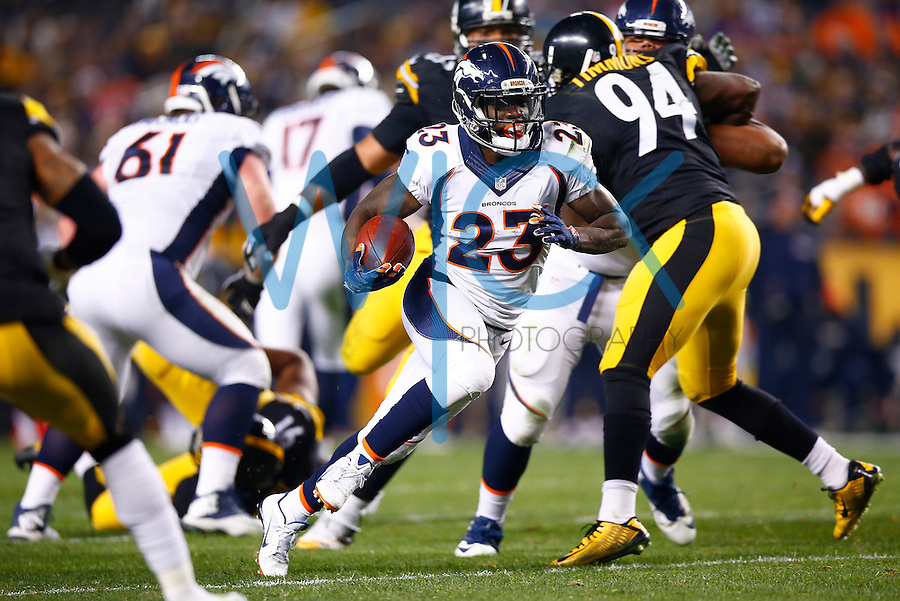 Ronnie Hillman #23 of the Denver Broncos carries the ball in the first half against the Pittsburgh Steelers during the game at Heinz Field on December 20, 2015 in Pittsburgh, Pennsylvania. (Photo by Jared Wickerham/DKPittsburghSports)