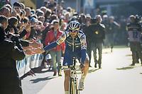 high 5's by Tom Boonen (BEL/Quick-Step Floors) at the (new) race start in Antwerpen<br /> <br /> 101th Ronde Van Vlaanderen 2017 (1.UWT)<br /> 1day race: Antwerp &rsaquo; Oudenaarde - BEL (260km)