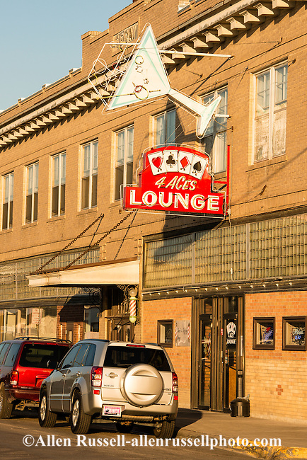 Hardin (MT) United States  city photos gallery : Four Aces Lounge in downtown Hardin Montana. | Allen Russell ...