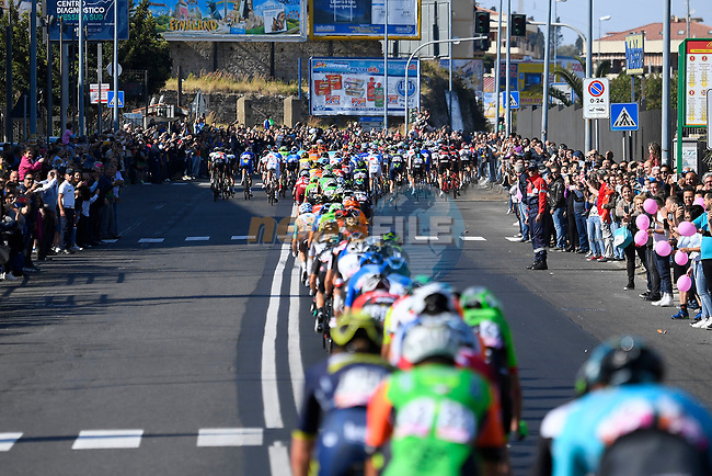 The peloton in Messina during Stage 5 of the 100th edition of the Giro d'Italia 2017, running 159km from Pedara to Messina, Sicily, Italy. 10th May 2017.<br /> Picture: LaPresse/Fabio Ferrari | Cyclefile<br /> <br /> <br /> All photos usage must carry mandatory copyright credit (&copy; Cyclefile | LaPresse/Fabio Ferrari)