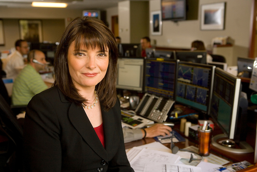 Lafayette College Alumni Karen Higgins-Carter in the Equity Trading Floor of GE Asset Management Inc.