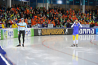 SCHAATSEN: HEERENVEEN: 06-07-08 -jan.2017, IJsstadion Thialf, ISU EC Allround, links Mathias Vosté (BEL), ©foto Martin de Jong