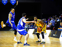 Alonzo Burton looks for support during the national basketball league match between Wellington Saints and Taranaki Mountainairs at TSB Bank Arena in Wellington, New Zealand on Friday, 12 May 2017. Photo: Dave Lintott / lintottphoto.co.nz