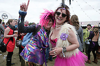 5/9/10 Lisa Keane, Dublin and Amanda Healy, Donegal at Electric Picnic in Stradbally, Co Laois. Picture:Arthur Carron/Collins